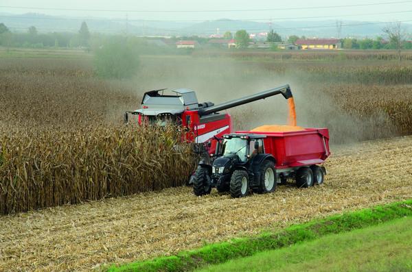 Macchine agricole per nutrire il mondo for Vigolo macchine agricole