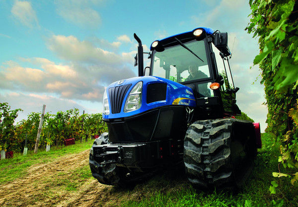 New Holland: SmartTrax system for crawler tractors