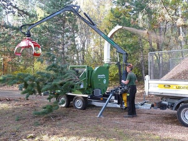 Wood chippers: a necessary technology for forestry economy
